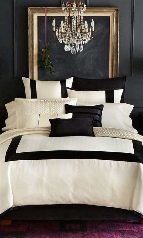 It was designed by missy woolf (the talent behind. Black, White and Gold Color Scheme Interiors (24 photos ...