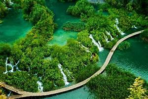 10 most amazing natural wonders of the world: in pictures