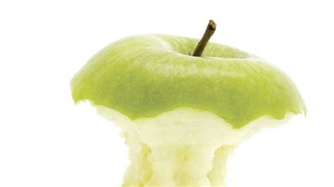 Why You Should Eat the Entire Apple, Core and All | Bon ...