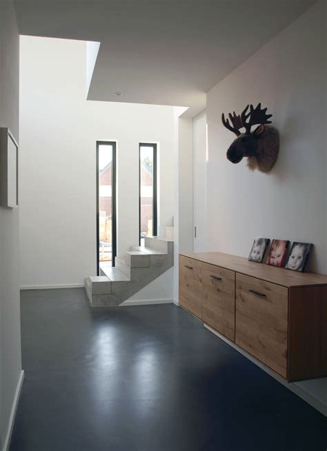 remarkable modern hallway designs   inspire   ideas