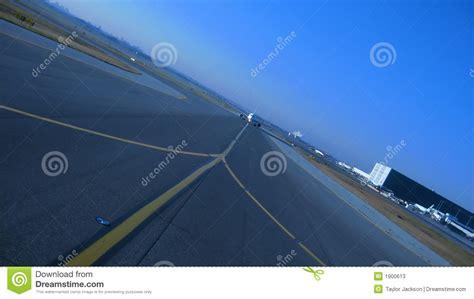Approaching Aircraft Stock Photos - Image: 1900613