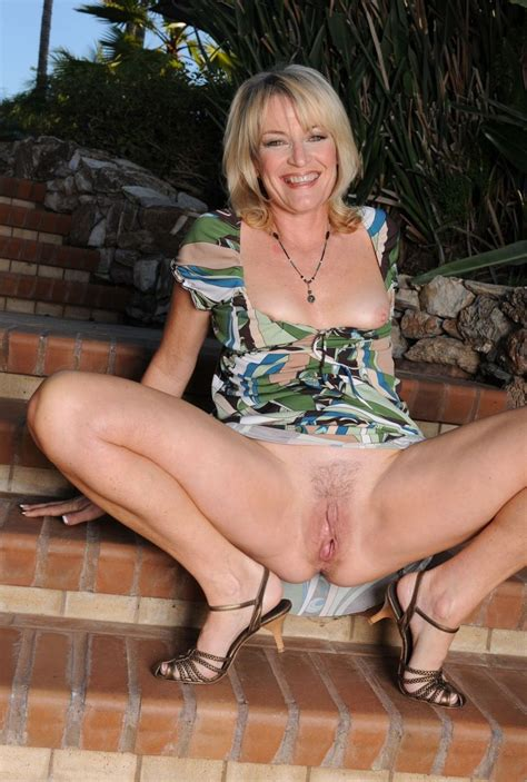 Lovely Cougar Smile And Pussy Milf Sorted By Position