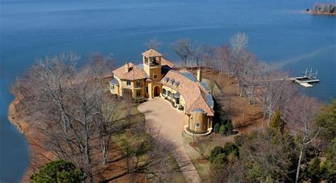 $4 Million Spanish Style Waterfront Mansion In Mooresville