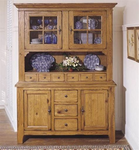 kitchen cabinet hutch broyhill attic heirlooms china door hutch and base in 2547
