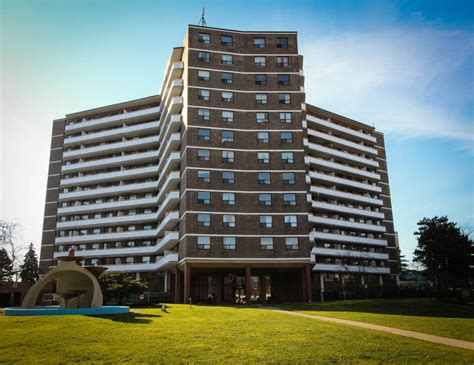Toronto West One Bedroom Apartment For Rent