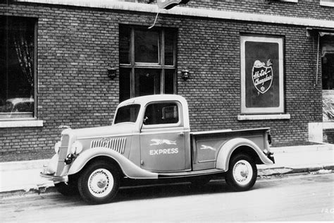 ford model tt sparked  years  pickup trucks