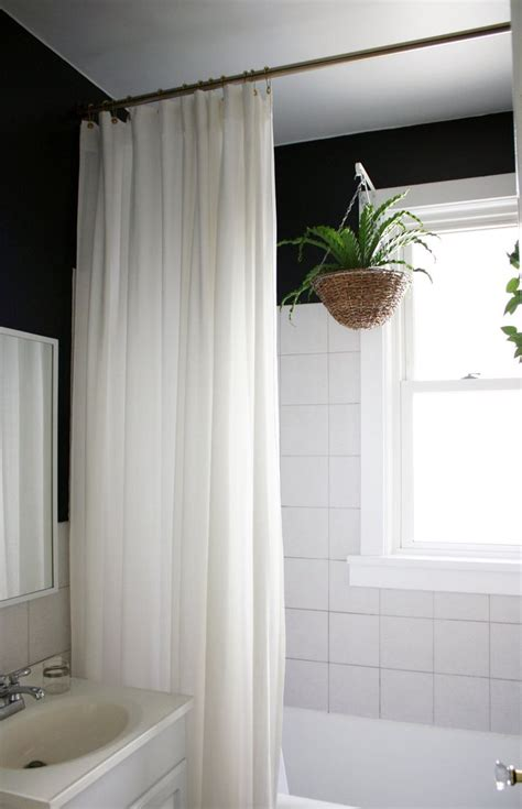 Shower Window Curtains by Best 25 Shower Curtains Ideas On