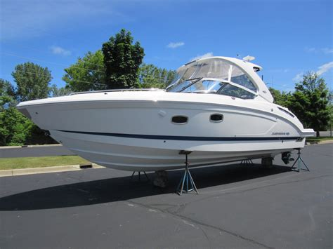 Boats For Sale Saint Joseph Mi by 2016 New Chaparral 337 Ssx Cuddy Cabin Boat For Sale