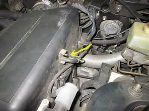 Air Filter Vacuum Hose Connection