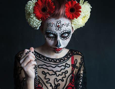 Padari savu tēlu neaizmirstamu: Helovīns & krāsainās ...