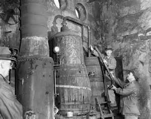 Dismantling a 300 gallon moonshine still found in a raid ...