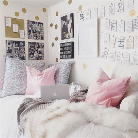 18 year bedroom ideas real girl sitting area 18 year old kylie jenner lives a fabulous life popsugar home photo 12