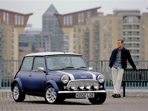 2000 Mini Final Edition Cooper S Front And Side