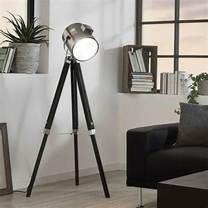 Stehlampe Holz Dreibein : licht trend stehleuchte gazer dreibein in holz und chrom online kaufen otto ~ Orissabook.com Haus und Dekorationen