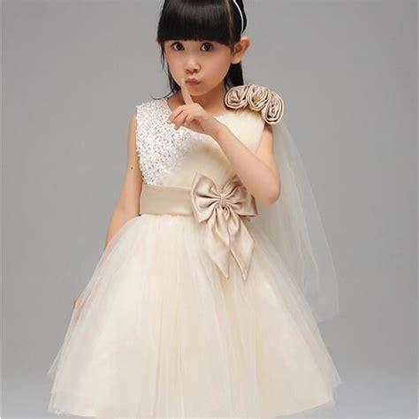 robe de princesse mariage fille enfant fille mariage robe f 234 te mousseline c 233 r 233 monie fleurs