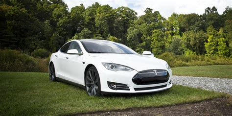 Electric Cars Will Dominate The Roads By 2040 According To