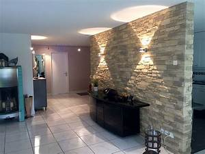Wohnzimmer Beleuchtung Ideen : die besten 25 steinwand wohnzimmer ideen auf pinterest wohnzimmer in braun salons dekor und ~ Yasmunasinghe.com Haus und Dekorationen