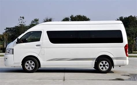 It offers great passenger comfort, a sufficiently long list of. 8 Seater Toyota Hiace Van hire Delhi, Toyota Minivan ...