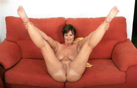 Newfolder In Gallery British Milf Joy