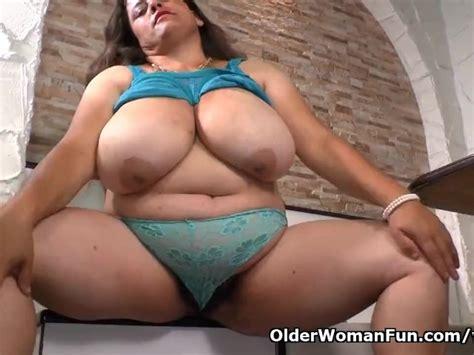 Latina Bbw Milf Rosaly Pleasures Her Hairy Pussy Free