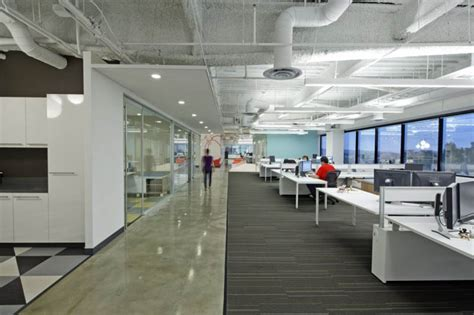 Large Offices Always Difficult To Manage  Office Layouts