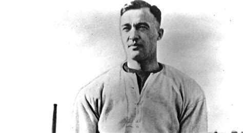 george gipp notre dame footballs top  players