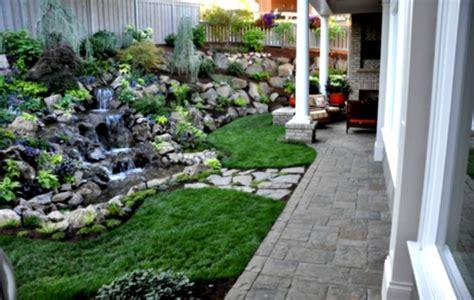 landscaping for a small backyard backyard vegetable garden ideas pinterest homelk com
