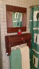 Pallet Bathroom Shelf Photos