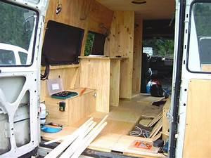 Amenagement Camion Camping Car :  ~ Maxctalentgroup.com Avis de Voitures
