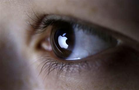 istrain prototype ar glasses injured apple employees