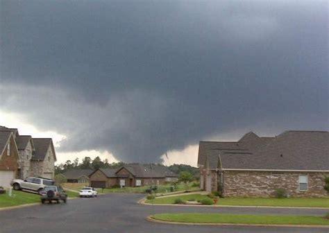 tornado myths debunked earth  sottnet