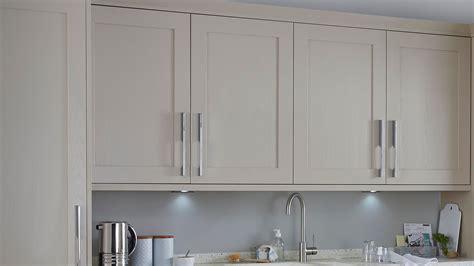 kitchen cabinet doors b q buyer s guide to kitchen cabinet doors help ideas 5323