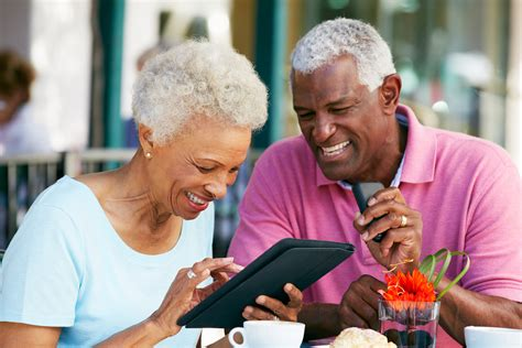 black grandparents golden agers rock seniors gain health benefits from surfing the net