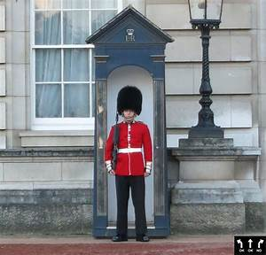 Buckingham Palace Guards | www.pixshark.com - Images ...