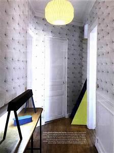 papier peint couloir entree fashion designs With peindre une entree et un couloir 18 finitions notre maison