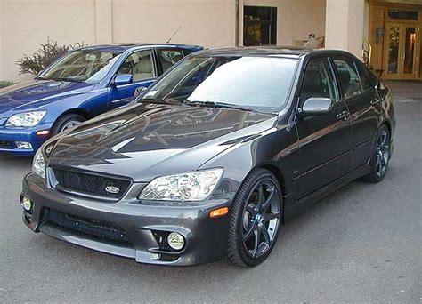 2002 Lexus Is 300 Photo Gallery