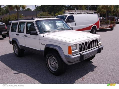 jeep cherokee white 1996 stone white jeep cherokee country 4wd 34581722