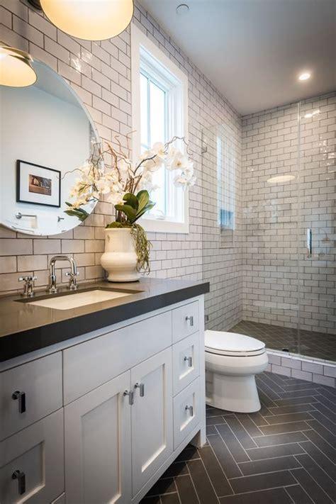 simple ways  renovate  bathroom decorology