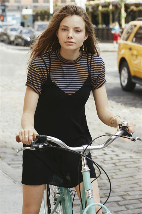 Best 25+ Nineties Fashion Ideas On Pinterest  Slip Dress