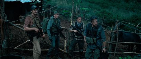 triple frontier  review film summary  roger
