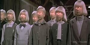 Кадры из фильма Проклятие деревни Мидвич США, 1995: дата ...