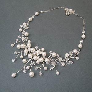 les 25 meilleures idees de la categorie bijoux en cristal With robe fourreau combiné avec swarovski pendentif papillon