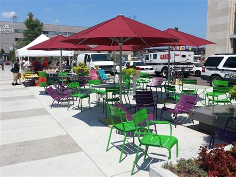 The Porch At 30th by Relax Outdoors Lunch Outdoors Philly Food Trucks