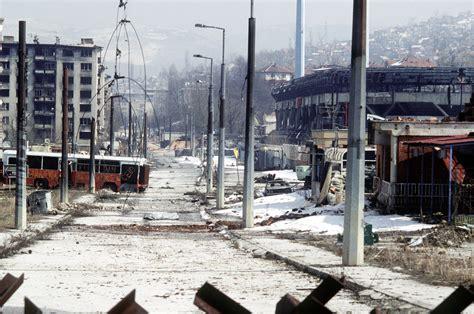 siege of sarajevo file sarajevo 19 3 1996 war jpg