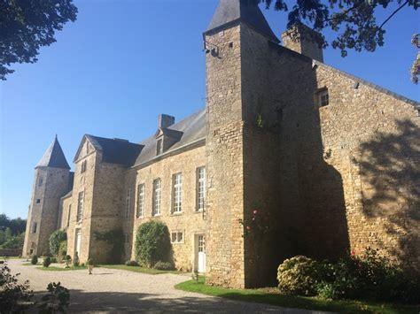 chambres d hotes chateau chambres d 39 hôtes gt château d 39 etienville manche tourisme