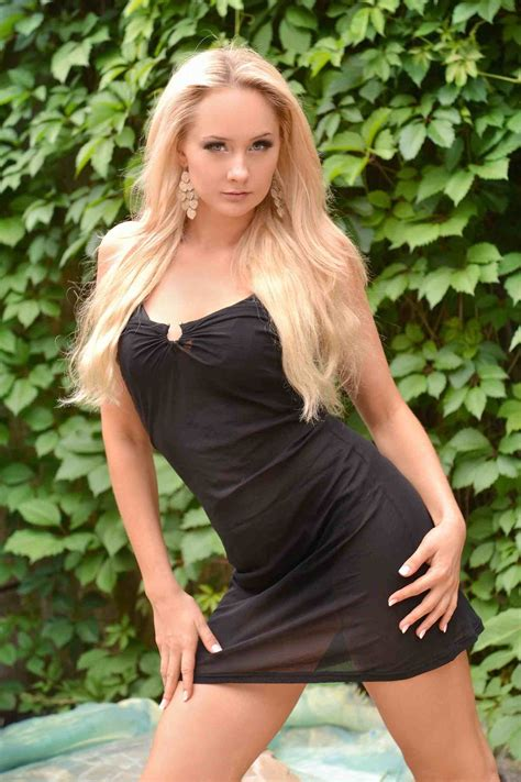 Tiny Barely Legal Lesbian Girls Photo Galerie