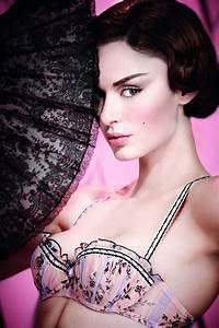 Lingerie Chantal Thomass : 33 best chantal thomass images on pinterest luxury lingerie sexy lingerie and beautiful lingerie ~ Melissatoandfro.com Idées de Décoration