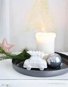 Nordische Weihnachtsdeko Online Shop : weihnachtsdeko auto mit baum in wei online kaufen heimkleid ~ Frokenaadalensverden.com Haus und Dekorationen