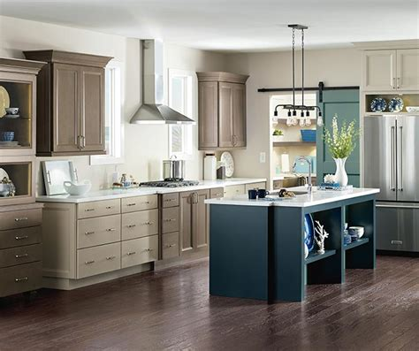 maple finish kitchen cabinets maple kitchen cabinets cabinetry 7349