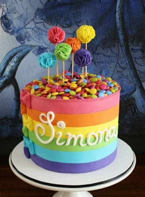 inspiration idee decoration gateau avec bonbons